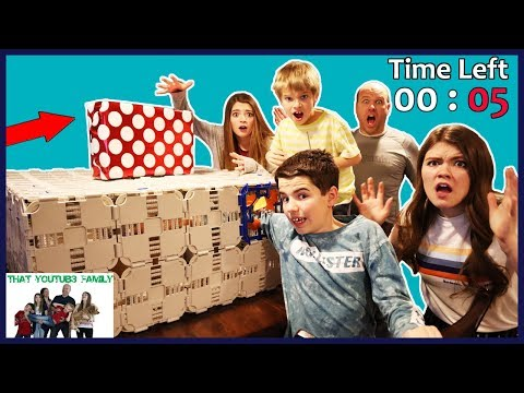 Mysterious Hacker Package! Stuck In Escape Room Time Running Out! / That YouTub3 Family