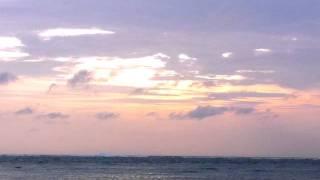 Satoru Wono plays piano - UMI (The Ocean)  童謡 - 海