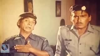 দিলদার আর হুমায়ুন ফরিদি হাসতে হাসতে লুঙ্গি খুলে যাইবো