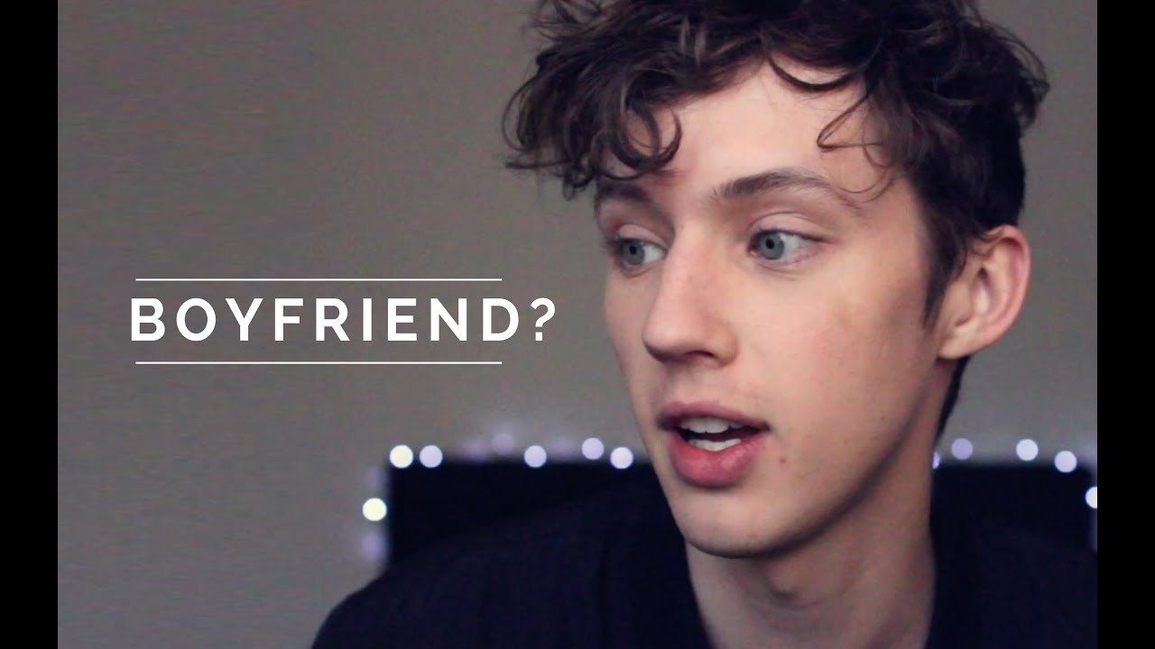 Connor franta and troye sivan dating rumors