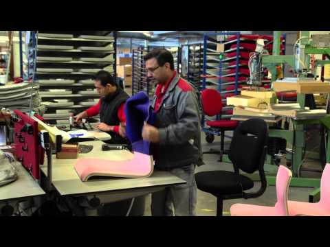 Production Ahrend office furniture
