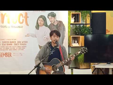Live Perform Lagu Baru Fiersa Besari, Pelukku Untuk Pelikmu Ost Film Imperfect