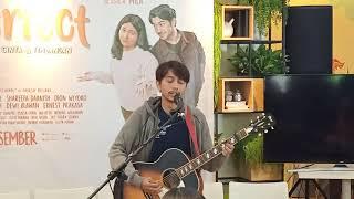 Download lagu Live Perform Lagu Baru Fiersa Besari, Pelukku Untuk Pelikmu Ost Film Imperfect