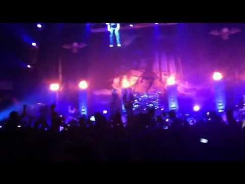 Nightmare - Avenged Sevenfold Intro Peoria IL. 4/26/2011