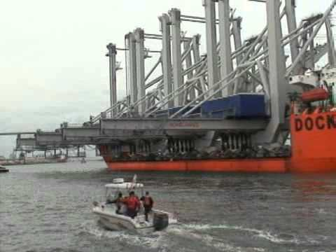 Post-Panamax cranes arrive at Port of Savannah