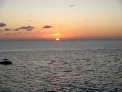 beautiful-sunset-from-rick's-cafe-in-negril,-jamaica-vacations...