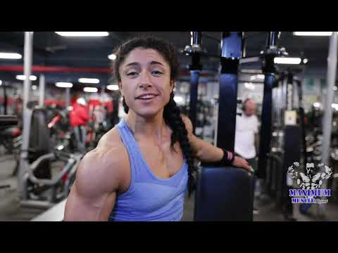 Women's Workout Chest And Shoulders | Sam Slater