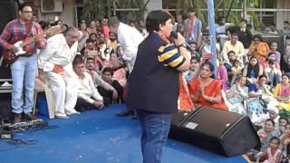 Falguni Pathak at Sanyas Asharam 2016(3)