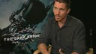 THE DARK KNIGHT: The Film Stars Chat - Backstage !