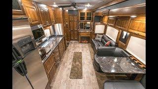 IWS 2018 Renegade Classic Stk: 9910 Interior