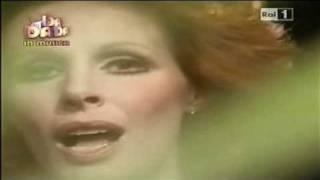 """ORNELLA VANONI canta """"DOMANI E"""