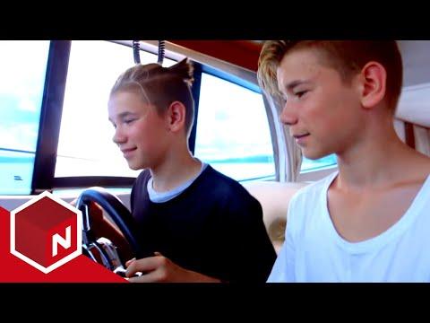 Marcus & Martinus - episode 4: Å være tvillinger (English subtitles)