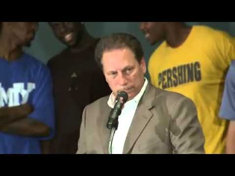 Tara makes Tom Izzo Cry
