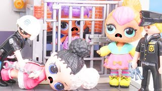 LOL Surprise Dolls Visit Playmobil Jail + Bathroom Store | Toy Egg Videos