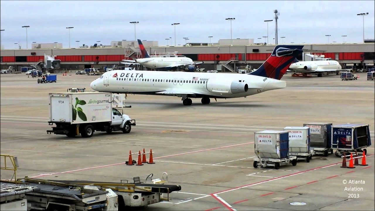 Delta 717200 N989AT Pushback and Tow ATL Gate T2