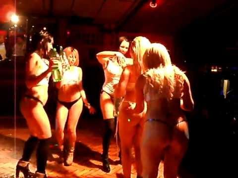 898fed3427e5 Noche de desfile Hot en JESSE JAMES by Jesse James Western
