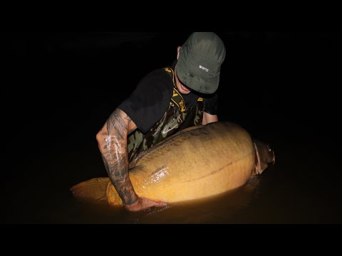 Carp Fishing In France For The First Time And I Strike GOLD! (MUST SEE 35KG(77Ib.08oz)FISH CAUGHT!!)