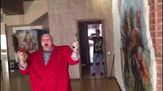 """Продюсер фильма """"БРАТ-3. МЛАДШИЙ"""" Стас Барецкий с оружием обратился к своим коллегам!"""