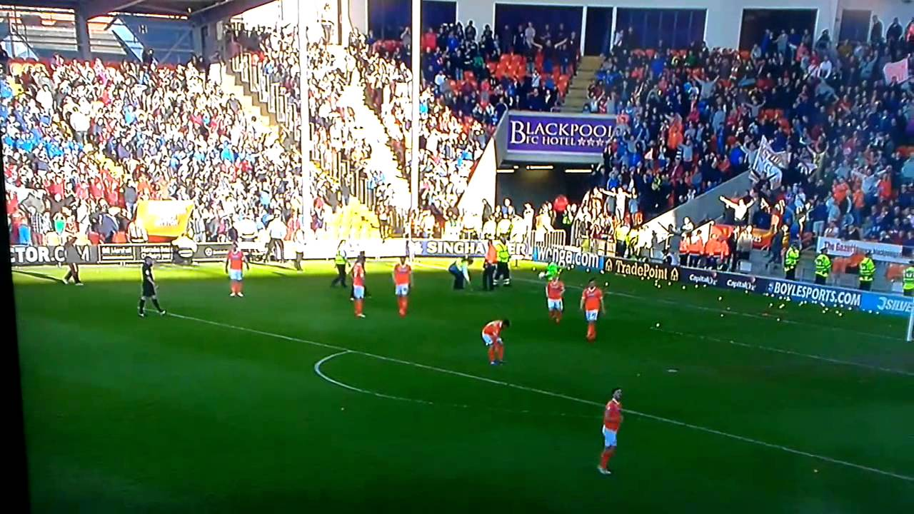 Tennis Ball protest Blackpool FC - YouTube