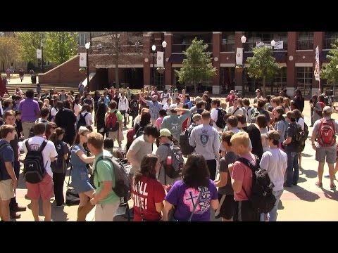 The University of Alabama NEEDS TO REPENT! | Kerrigan Skelly | PinPoint Evangelism