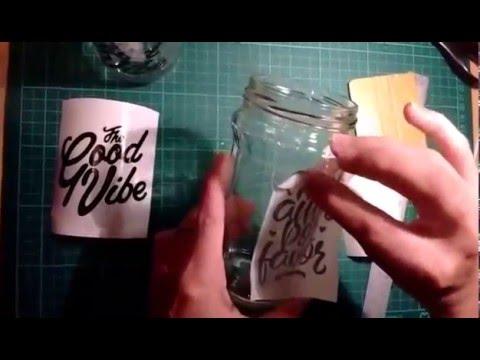 Como colocar vinilos decorativos en frascos de vidrios - Colocar vinilo en cristal ...