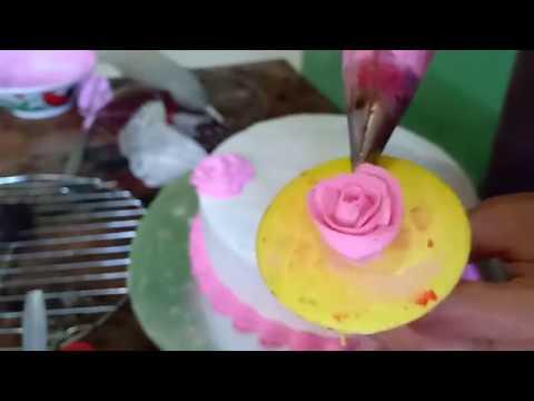 Cara Menghias Wedding Cake Simple Dan Mudah