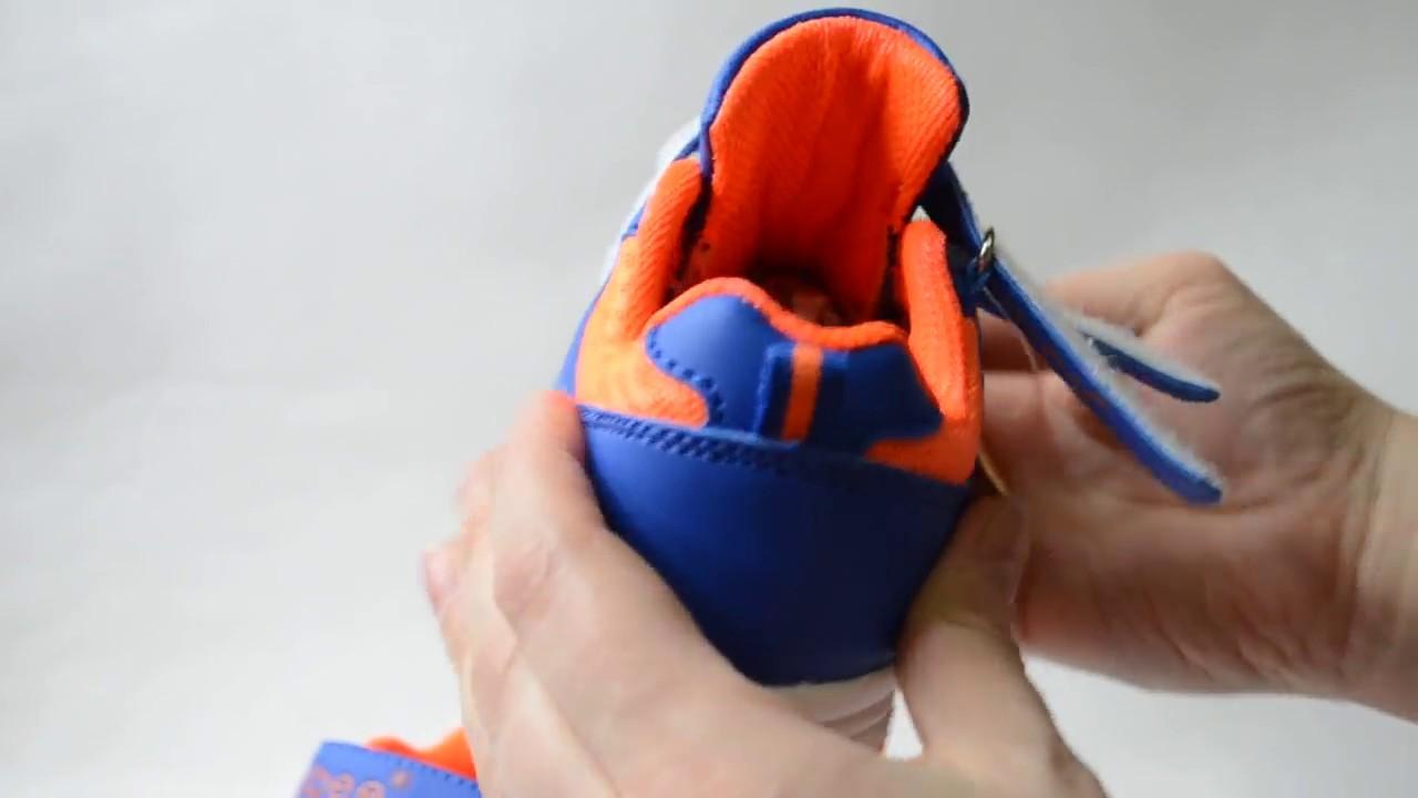 Обзор детских кроссовок с подсветкой Clibee V552zelen - YouTube
