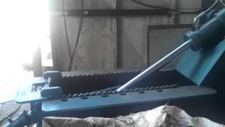 FORMIGUEIRO Prensa para sucata de alumínio e inox 90ton 300x400 Mod FO-12010