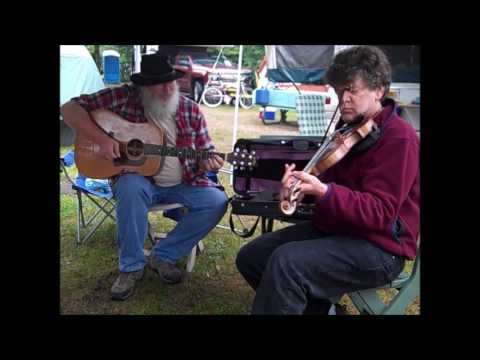 Julie Ann Johnson ~ campsite fiddling (Hiawatha Music Festival 2017)