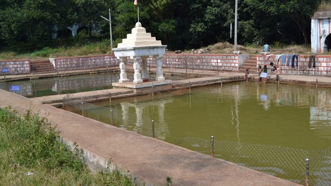 తెలంగాణా ఊటీ-వికారాబాద్ పద్మనాభుని క్షేత్రం