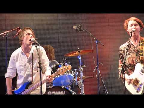 Palma Violets - Best Of Friends (Pinkpop 2013)