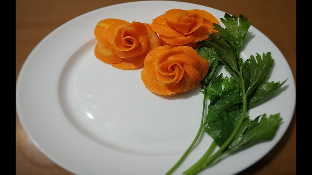 Đọc ngay 2 cách tỉa hoa hồng từ cà rốt thật đơn giản nhất