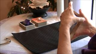 Getting a Simple Yes-No Answer with Oracle Cards