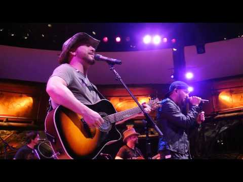 LoCash Cowboys Best Seat In The House Uncasville, CT 4-24-14