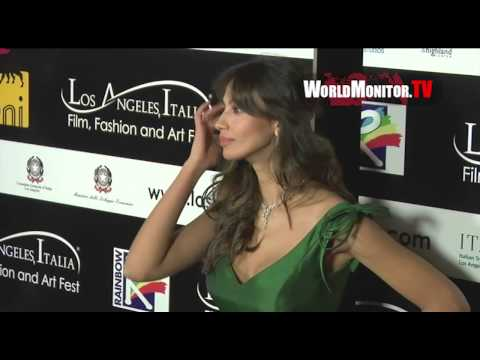 Gerard Butler girlfriend 'Madalina Ghenea' too hot for LA Italia Film Fest 2013