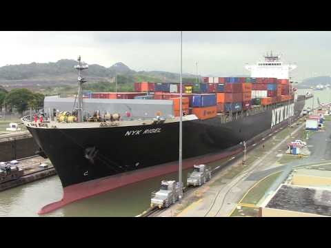 Container Ship NYK RIGEL Enters the Miraflores Locks - Panama Canal (April 26, 2017)