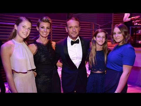 Tim mcgraw and his daughter gracie doovi for How old are faith hill s daughters