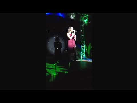 D'yonni Poole singing Love on the brain
