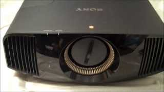 Sony VPL-VW600ES: Unboxing