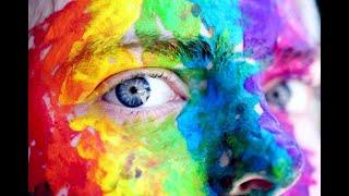 ماذا لو أصبت نفسك بالعين؟ طريقة العلاج و علامات الشفاء