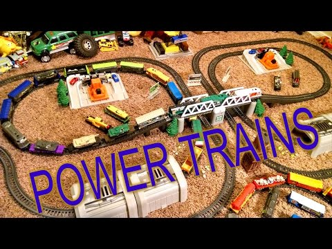 Power Trains - Symmetrical Winding Layout with 4 Engines and 15 Cars
