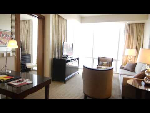 Four Seasons Hotel Baltimore - International Clientele - English Version