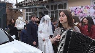коротко о том как приводят осетинскую невесту в дом
