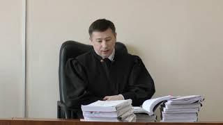 При рассмотрении дела об обрушении моста в Минусинске потерялся адвокат