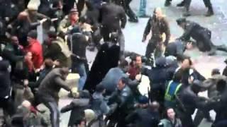 Batman vs. Bane on Wall Street - Dark Knight Rises Set