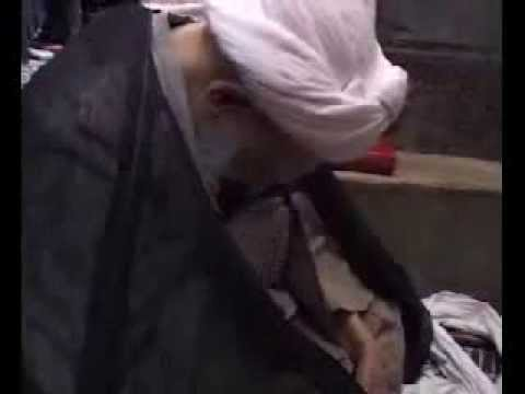 Ayatullah Behjat crying and doing Matam