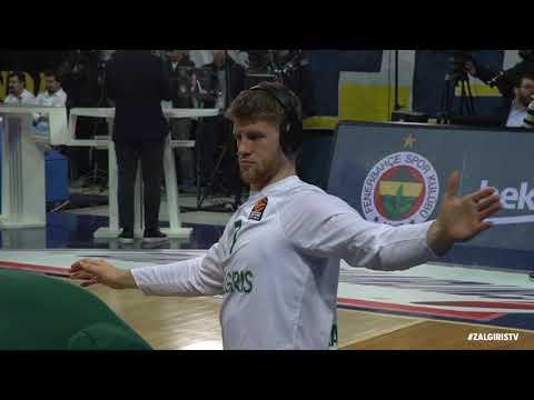 Zalgiris arrives to Ulker Sport Arena