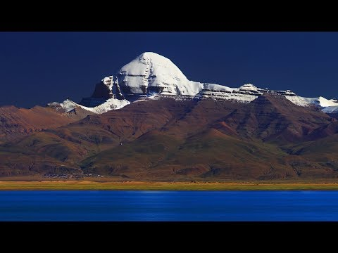 Sacred Mountains and Holy Lakes in Tibet