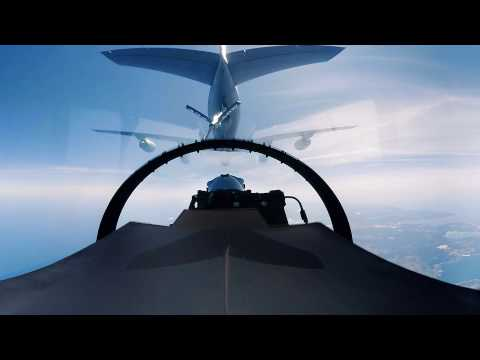 F-16 - Aerial Refueling 360