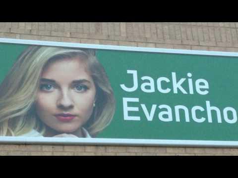Tyler TX - Jackie sings her Medley of Greatest Hits